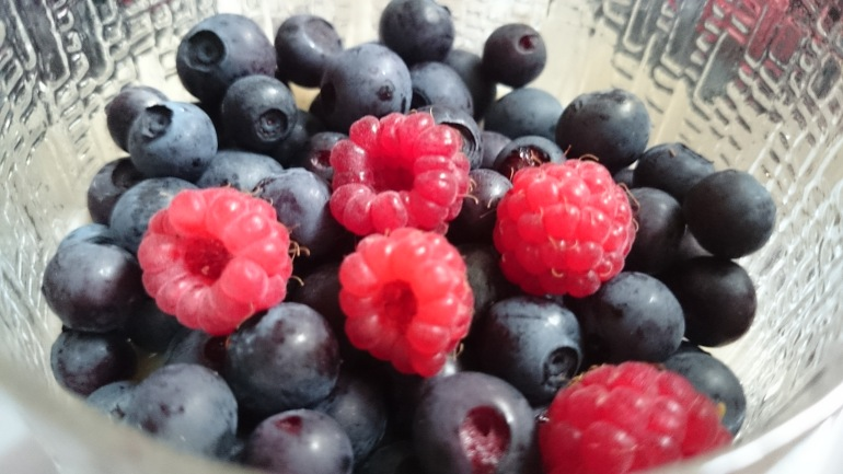 Dietistblogg matsmart blåbär hallon