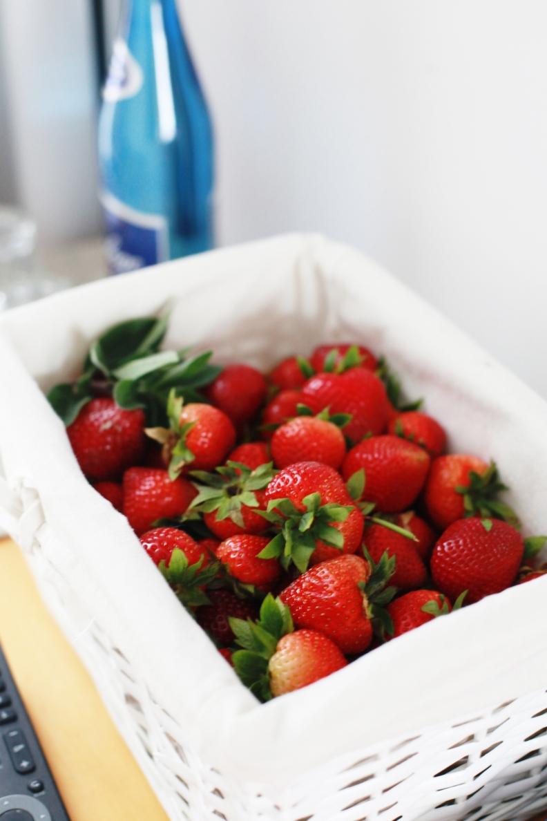jordgubba på hotellrummet