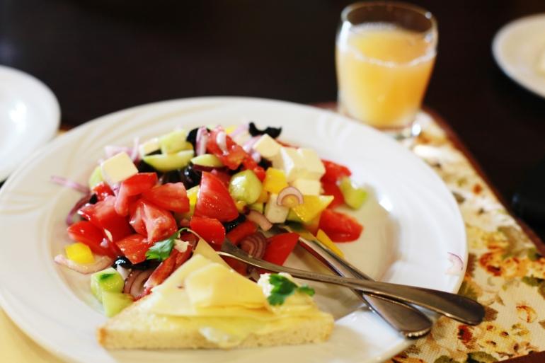 lunch grekisk sallad