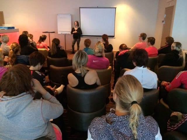 Annica Långvall dietist föreläser på toppendag hallstaberget