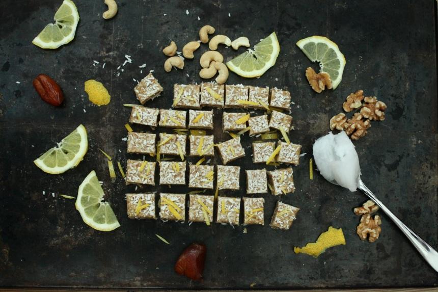raw nötfudge med kokos och citron dietistannica 4.jpg