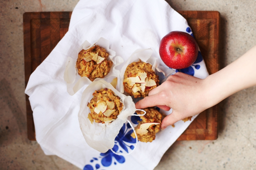 Hälsosamma äppelmuffins med havre och banan 7
